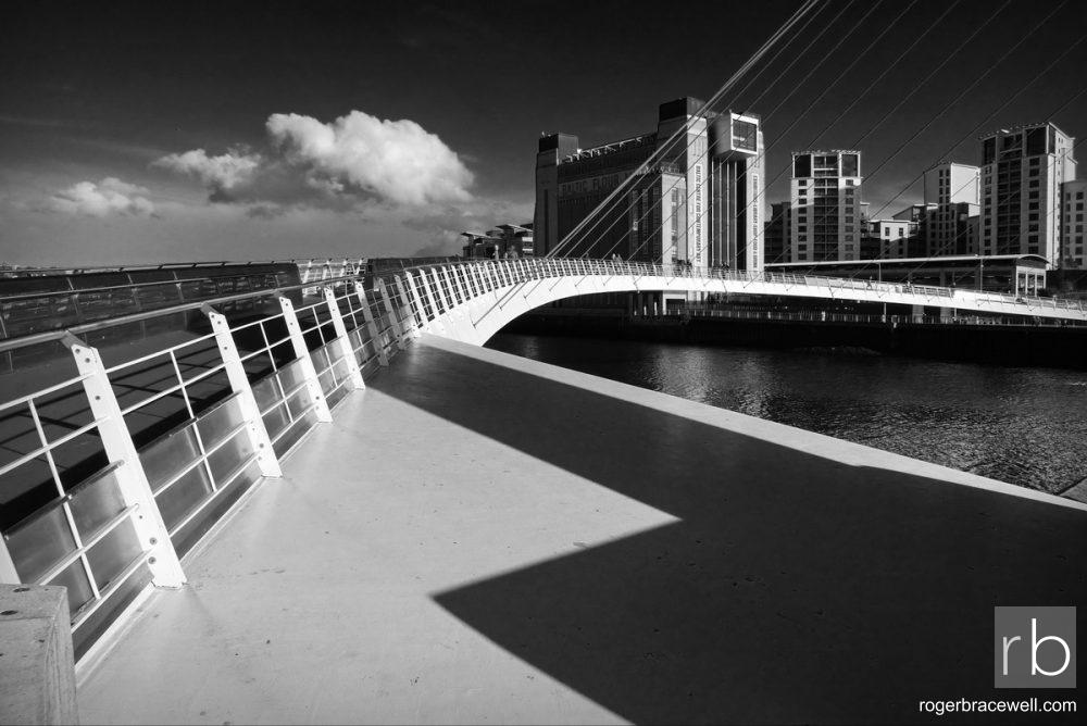 Millennium Bridge & Baltic Flour Mill | Gateshead