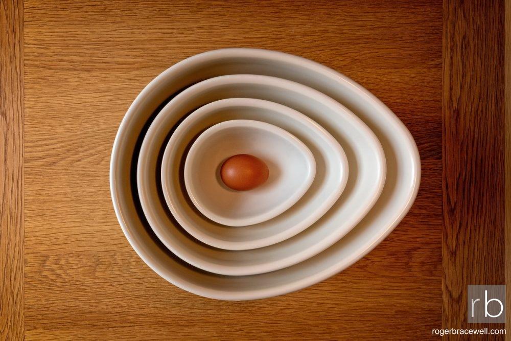 Egg-shaped Bowls